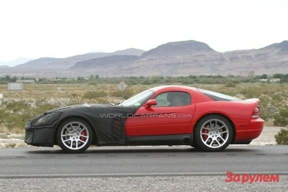 Next Dodge Viper SRT-10 mule side view