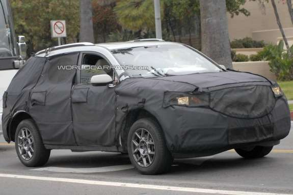 NewAcura MDX test prototype side-front view