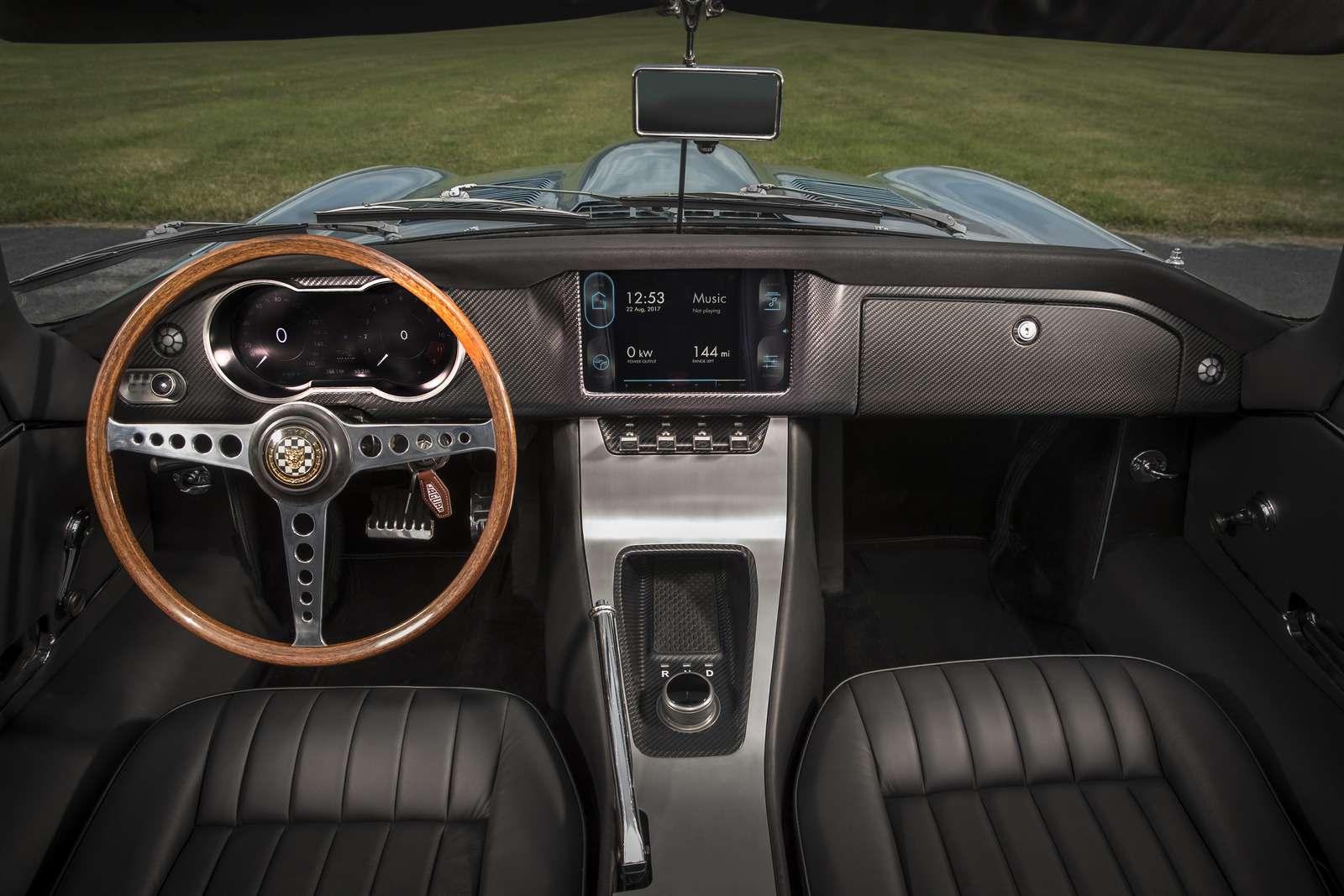 Jaguar Land Rover электрифицирует все свои модели с2020 года— фото 791864