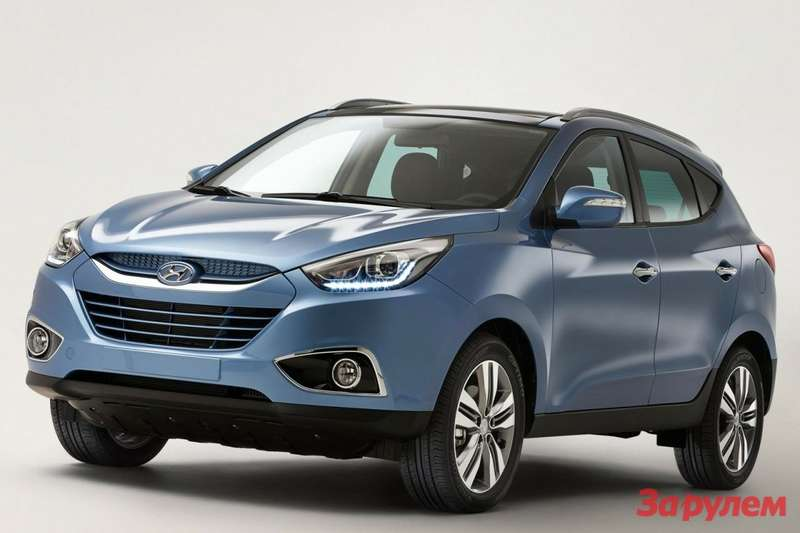 Refreshed Hyundai ix35 side-front view