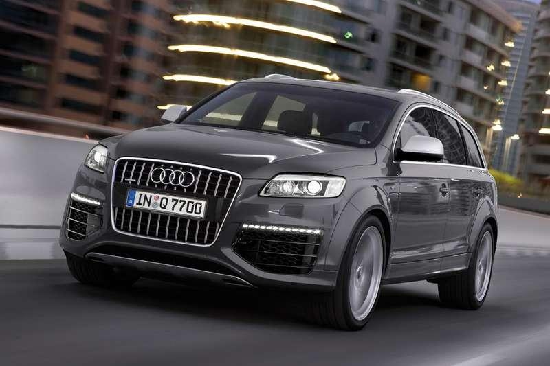 Audi-Q7_V12_TDI_2009_1600x1200_wallpaper_02