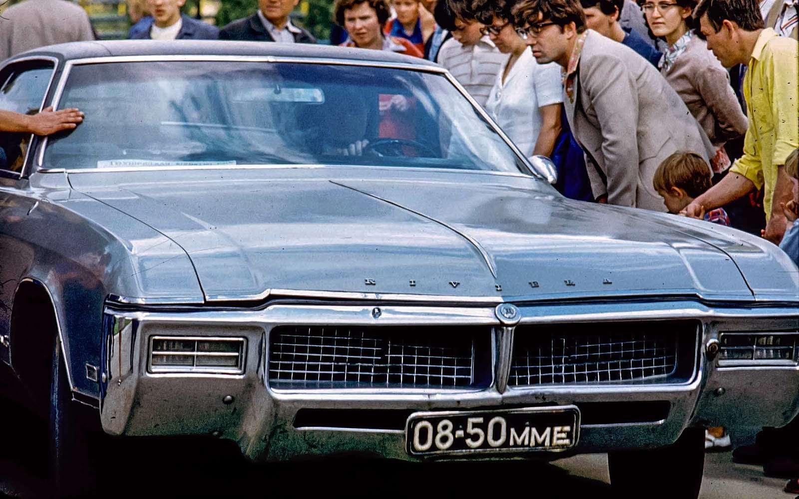 Buick Riviera GS, восстановленный Ярославом Зузиком