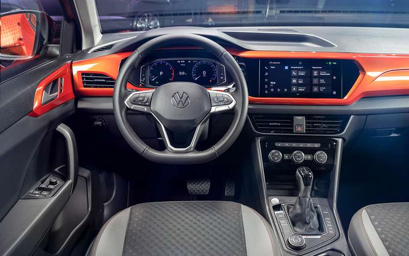Новый VW Taos: что он (не) взял у Карока