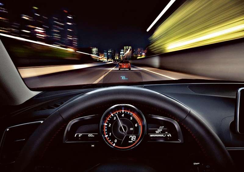 Mazda3_2013_interior_47__jpg300