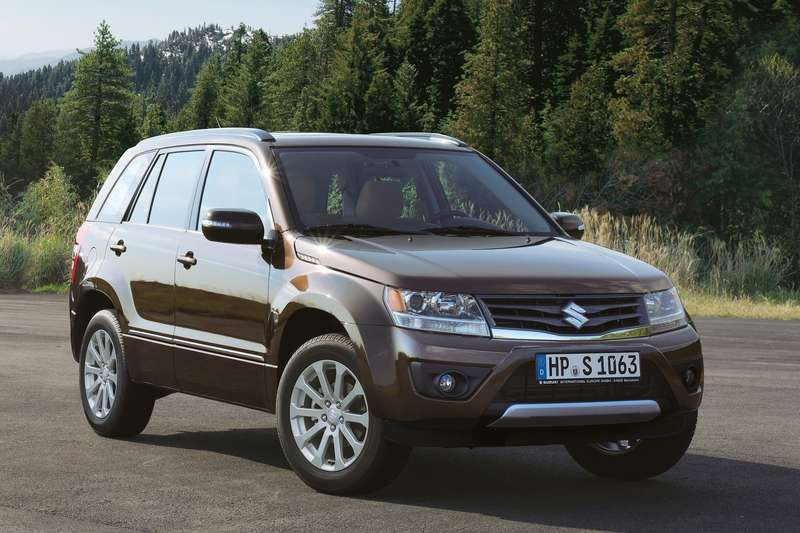 Suzuki-Grand_Vitara_2013_1600x1200_wallpaper_01