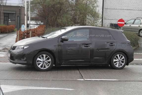 Toyota Auris test prototype side view