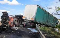 Twodie inRostov-on-Don Region truck collision