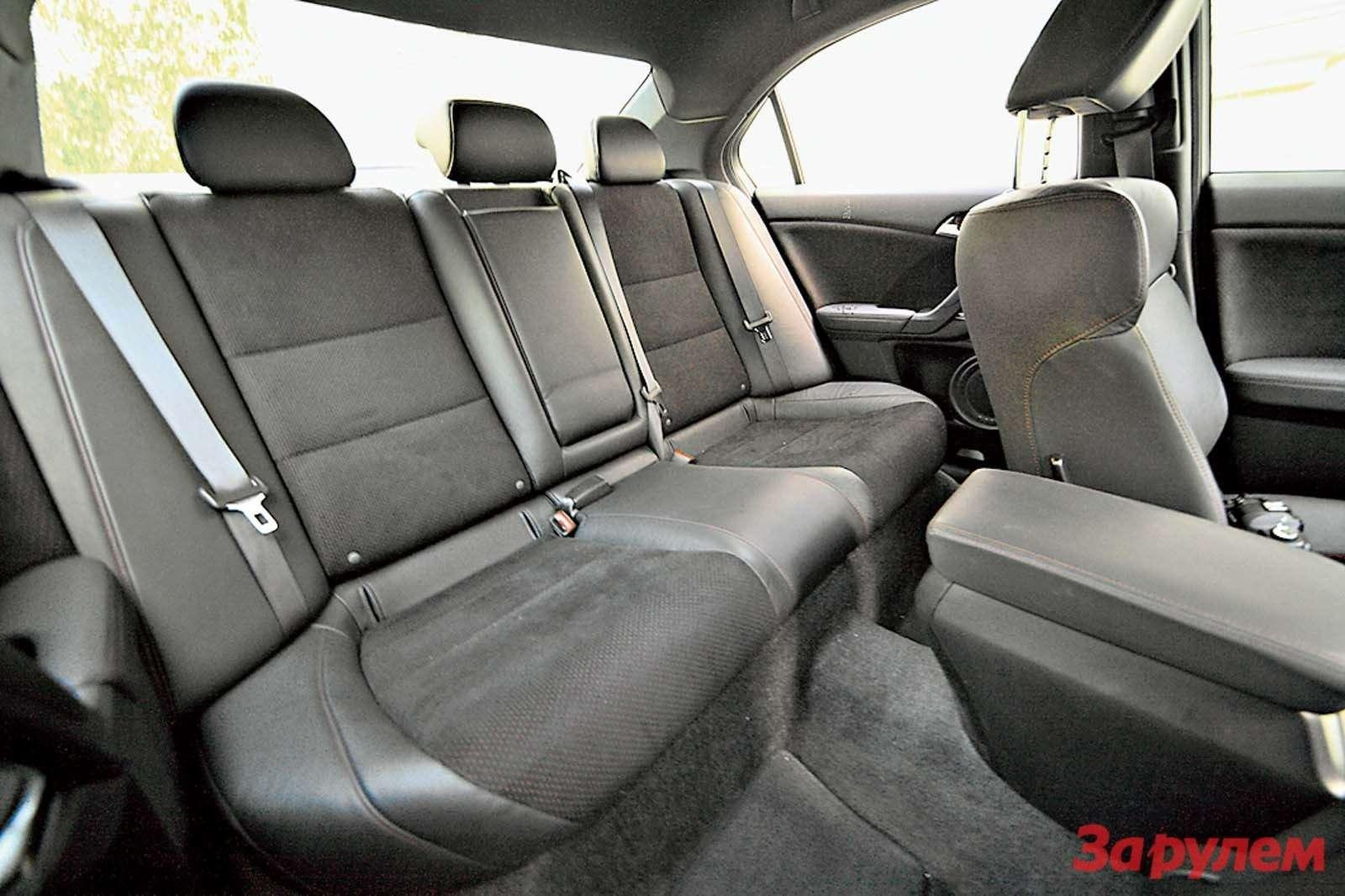 «Хонда-Аккорд», от999000 руб.