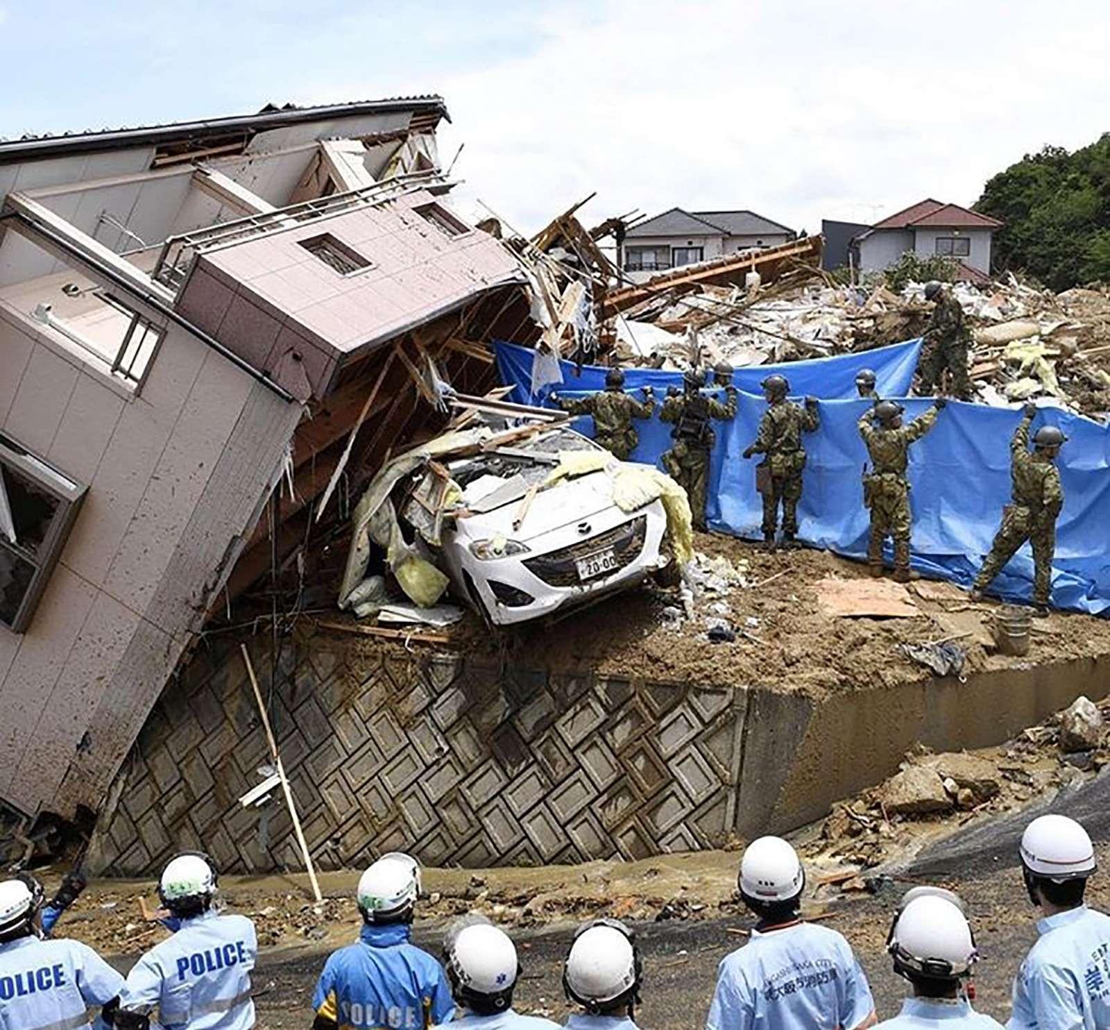 Наводнение вЯпонии: тысячи утопленных машин. Ждем ихвРоссии?— фото 886641