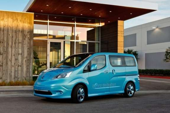 Nissan e-NV200 Concept side-front view