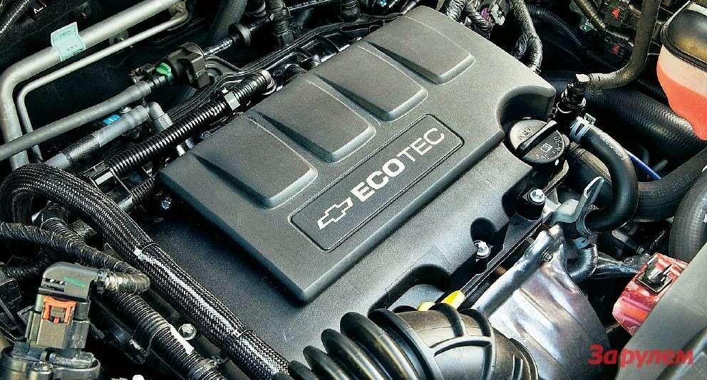 Разнообразие линейки моторов «Треккера» поражает воображение. Двигателей два, иоба по140 л.с.
