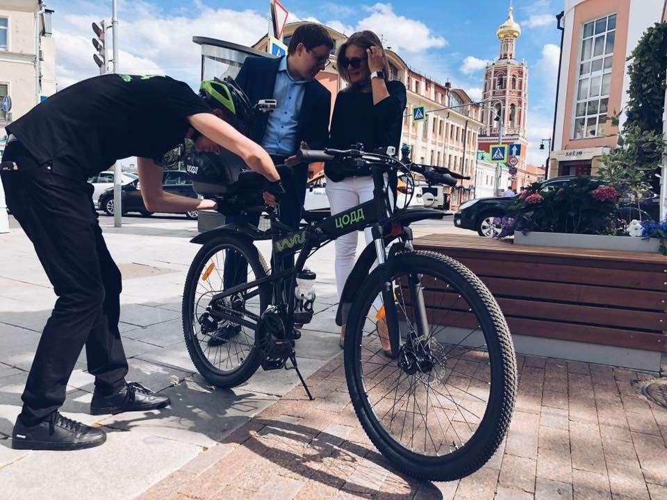 Разрулить сложную ситуацию автомобилистам поможет... велопатруль— фото 881603