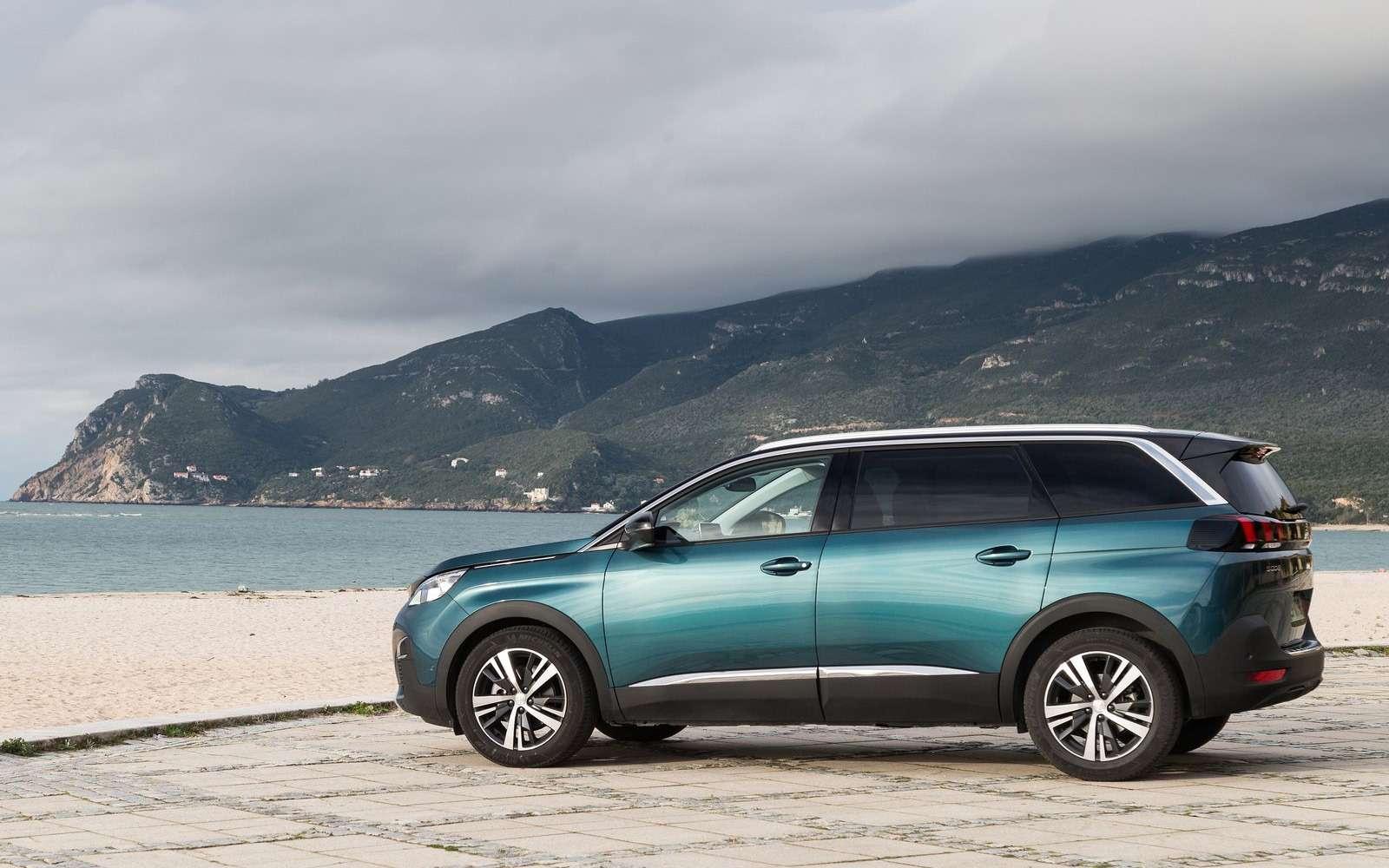 Peugeot привезет вРоссию большой кроссовер. Осталось узнать цены— фото 821990