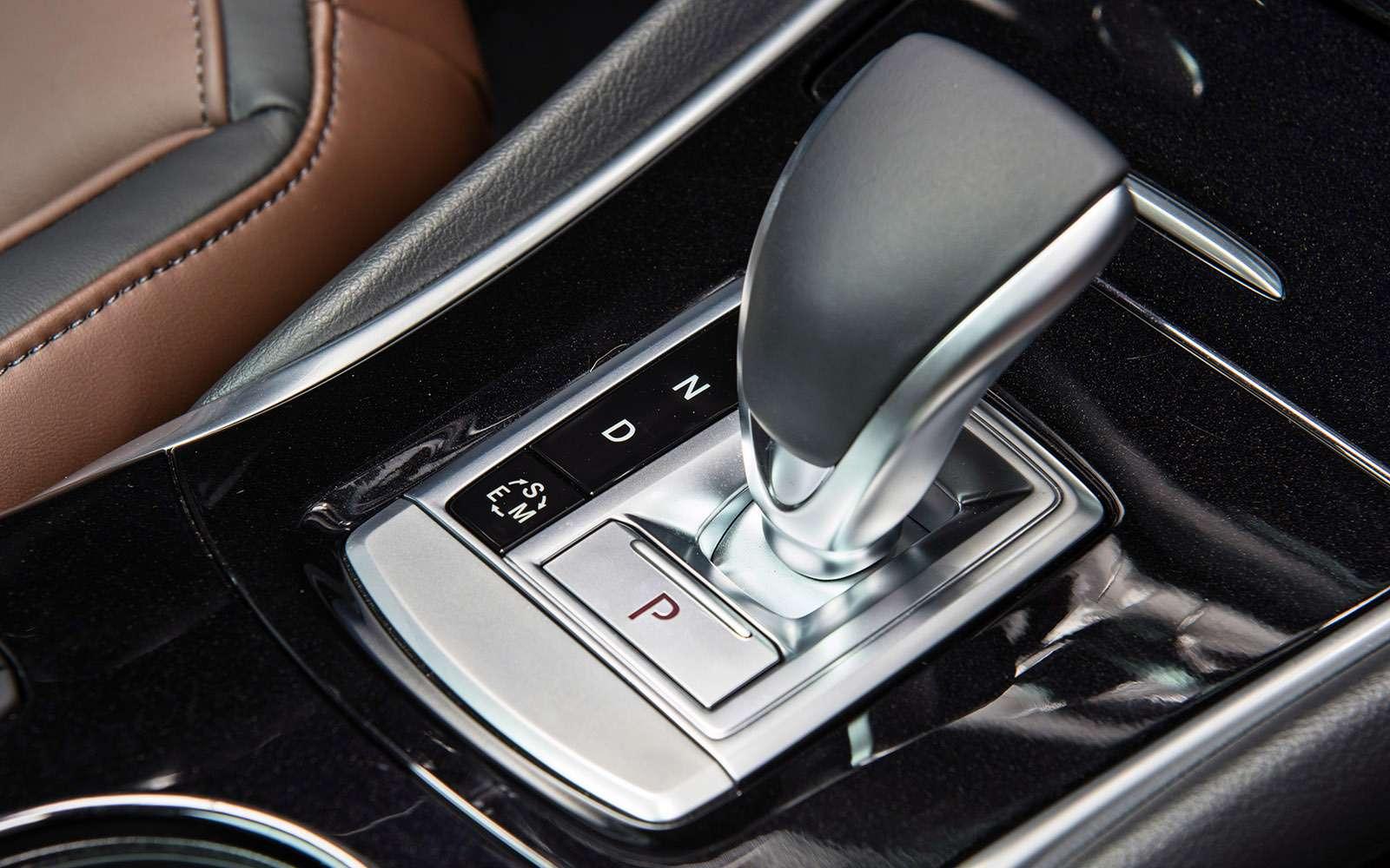 Кроссовер Infiniti QX30и полноприводный седан Infiniti Q50: би-турбо— фото 690741