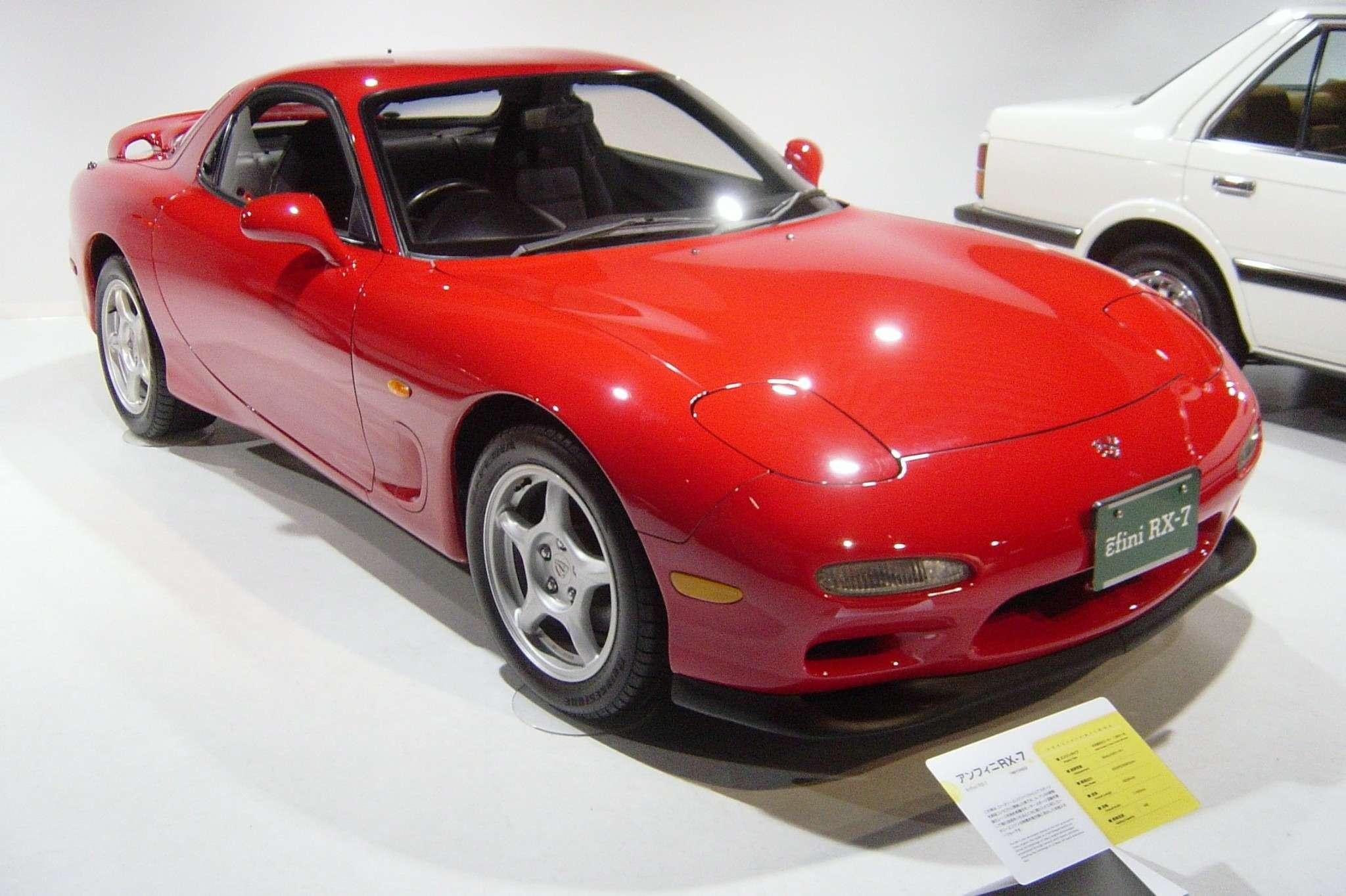 Mazda-rx7-3rd-generation01
