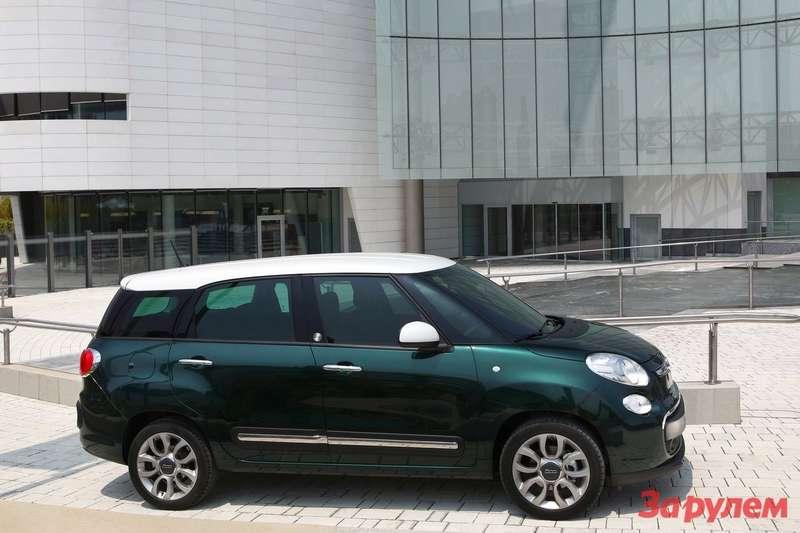 Fiat 500L Living 2014 1600x1200 wallpaper 03