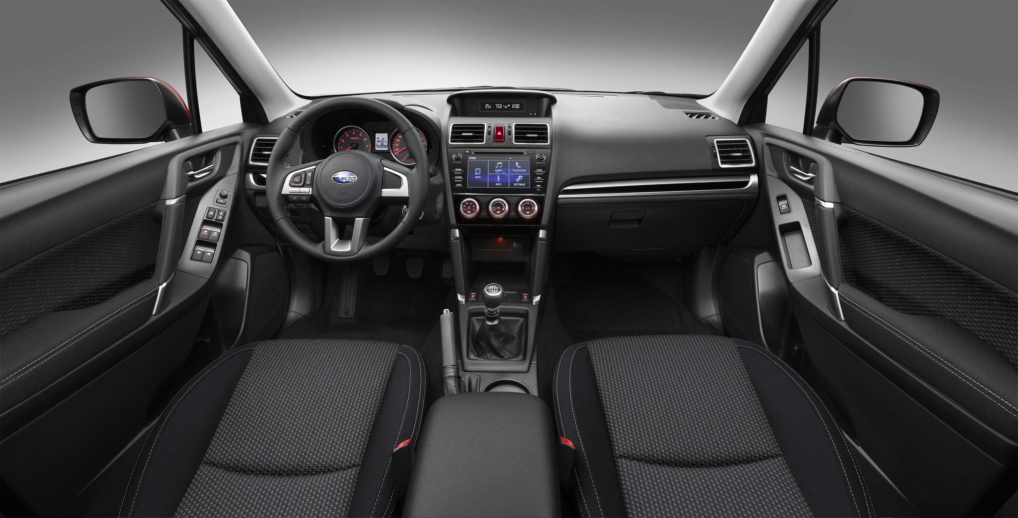 Обновленный Subaru Forester научили беречь корму— фото 791100