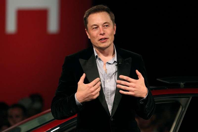 Ford запретил Tesla иметь SEX