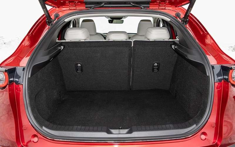 Mazda CX-30: все достоинства иизъяны